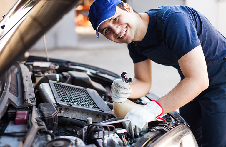 Use The Right Auto Service To Get Good Care