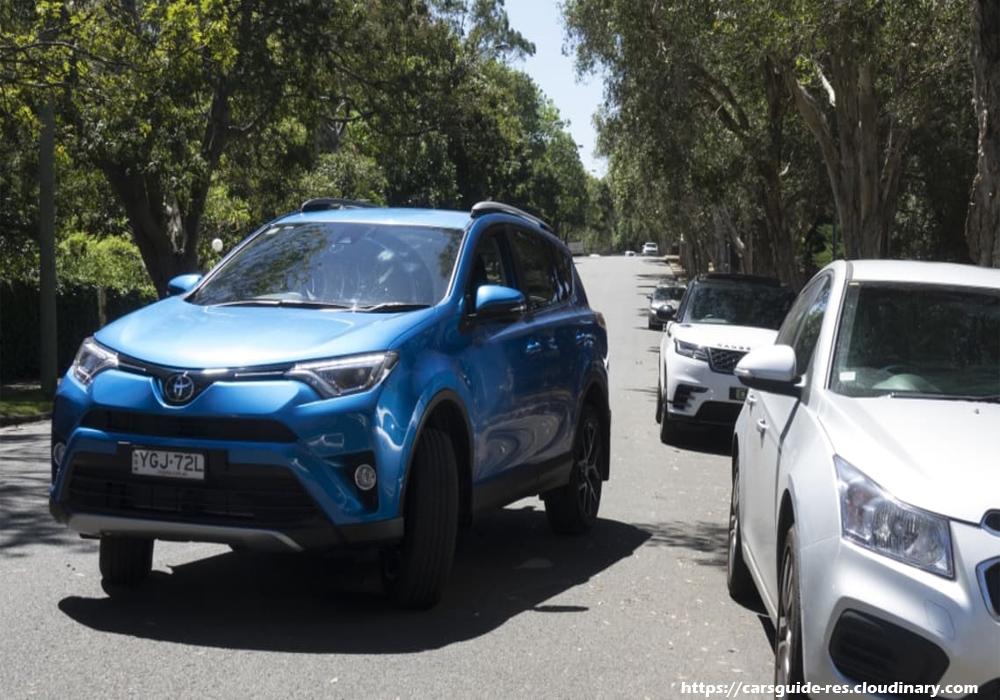 Basic Parallel Parking Tips